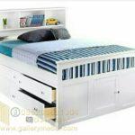 Tempat Tidur Anak dengan Laci