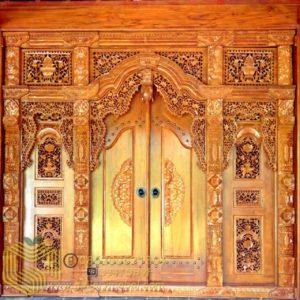 Pintu Gebyok Jati Ukiran
