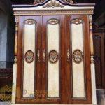 Lemari Pakaian Klasik 3 Pintu